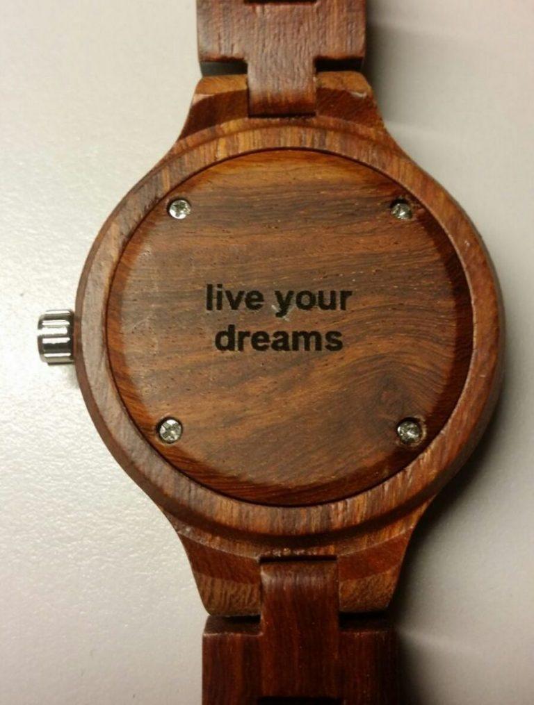 houten horloge graveren plaatje